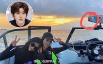 Hết bị đồn hẹn hò Lisa, Thái Từ Khôn đang hẹn hò với đàn chị Angela Baby?
