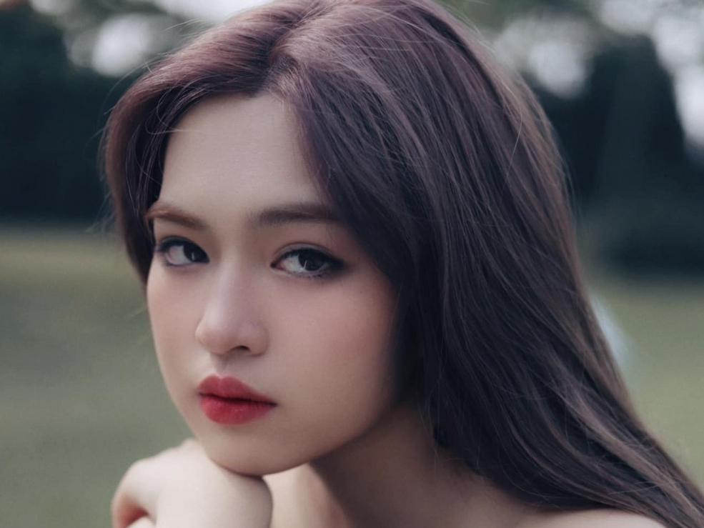Khánh Vân thừa nhận là 'fan cứng' của Nhậm Gia Luân, lựa chọn tình yêu thay vì sự nghiệp giống idol