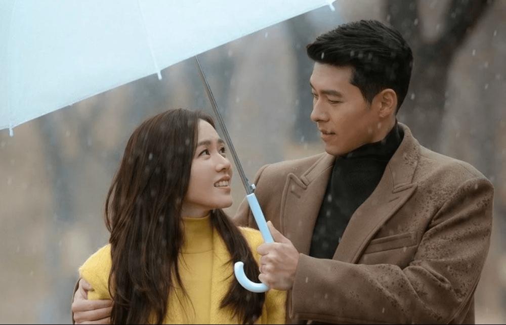 Khó có chuyện Son Ye Jin đang mang thai con đầu lòng với Hyun Bin