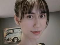 Lynk Lee đã vượt qua cuộc phẫu thuật cắt yết hầu nguy hiểm, trở lại với dung mạo xinh đẹp xuất thần