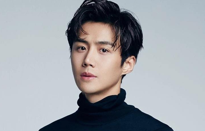 Nóng: Nam chính 'Hometown Cha - Cha - Cha' Kim Seon Ho bỗng bị réo tên trong scandal tình ái, chuyện gì đã xảy ra?