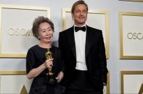 Youn Yuh Jung đáp trả tinh tế trước câu hỏi xúc phạm trong lễ trao giải Oscar