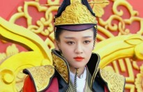 """Dương Mịch bị tố cướp vai diễn của Trần Kiều Ân trong phim """"Phù Dao hoàng hậu"""""""