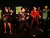 Tài Smile 'liều lĩnh' tung teaser MV cùng thời điểm với Sơn Tùng M-TP