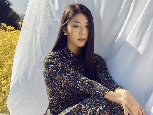 Cựu siêu mẫu Ngọc Quyên lần đầu xuất hiện trên báo Mỹ với bộ sưu tập áo dài 'Grace-note'