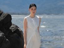 NTK Adrian Anh Tuấn ra bộ sưu tập 'như không mặc gì' cho kỳ nghỉ mùa hè của các cô nàng