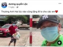 Quyền Linh mang dép tổ ong tiếp tế lương thực cho em trai - đạo diễn Quyền Lộc trong khu vực phong tỏa