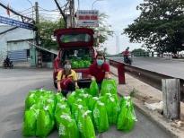 'MC quốc dân' Quyền Linh tiếp tục hành trình thiện nguyện