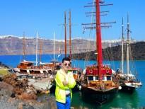 'Hoàng tử đại dương' Đoan Trường 'lạc trôi' đến biển Địa Trung Hải tại Hy Lạp