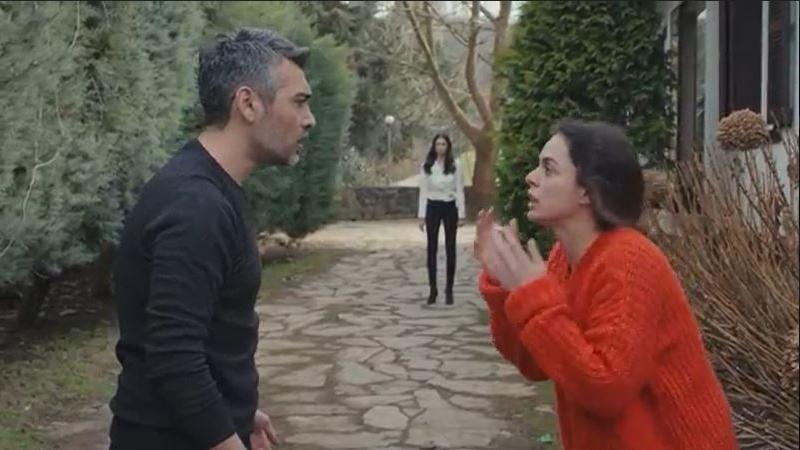 'Trái tim phụ nữ': Bahar bóp cổ vợ 2 của Sarp hỏi tội vì nghi ngờ đã dàn xếp bắt cóc Nisan, Doruk