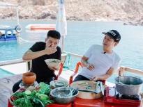'Muốn ăn phải lăn vào bếp':Trường Giang suýt làm lộ 6 múi của Quân A.P