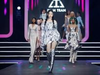 Mẫu nhí Bảo Hà hóa thần tượng Kpop cực sành điệu trong BST của NTK Ivan Trần