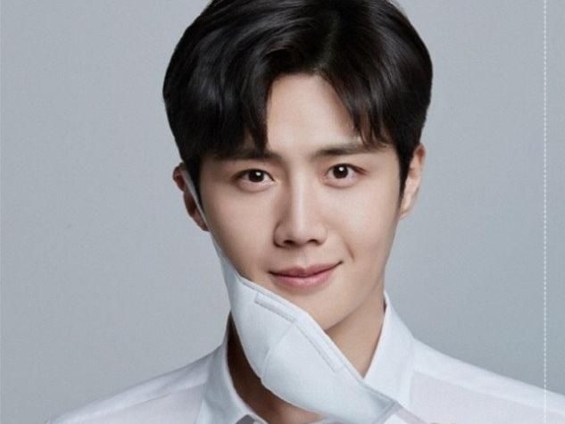 Quảng cáo của Kim Seon Ho xuất hiện trở lại sau khi được minh oan
